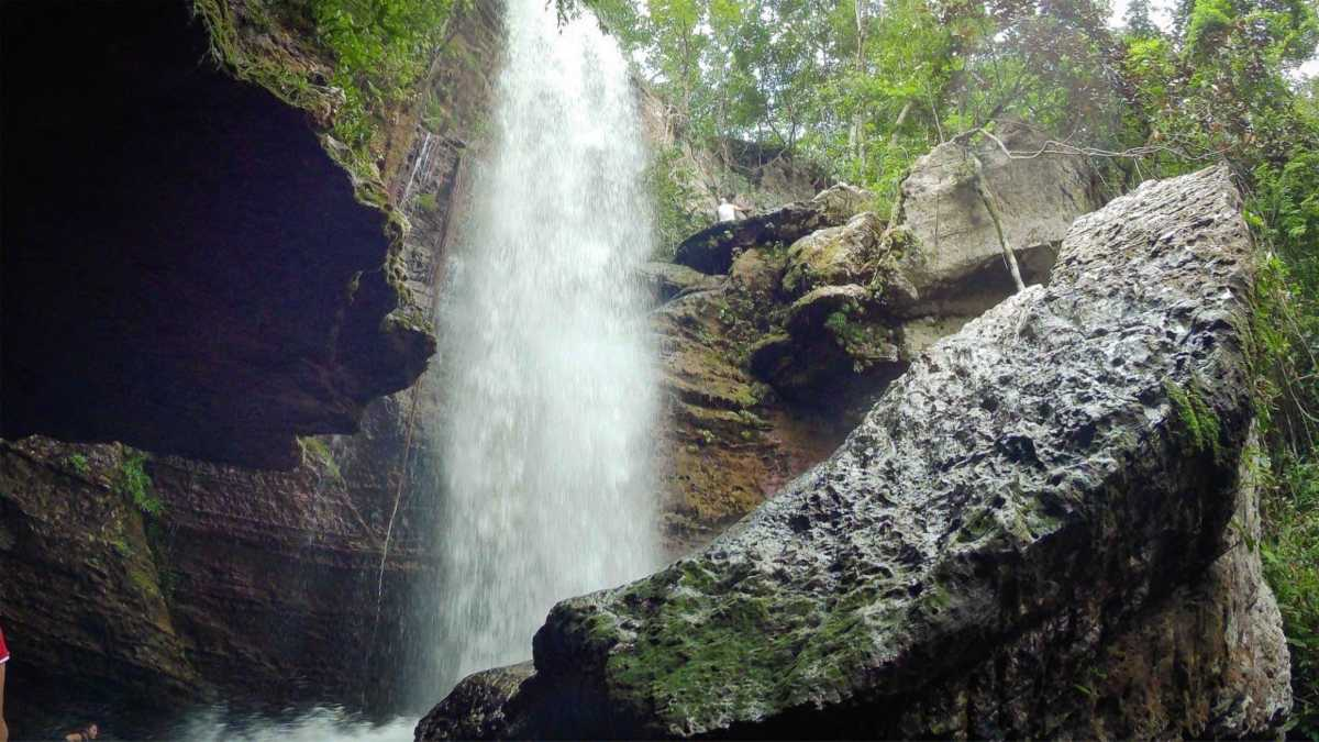 Heal your soul at Las Delicias Waterfall Colombia