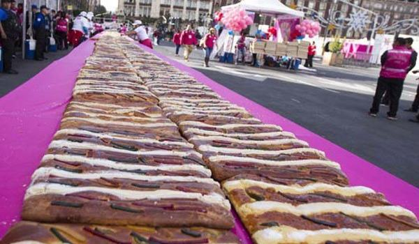 rosca-de-reyes-in-mexico-4