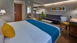 Suite superior, 1 cama queen y 1 sofá cama