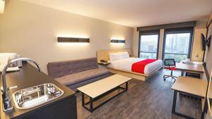 Suite, 1 queen size bed and 1 sofa bed