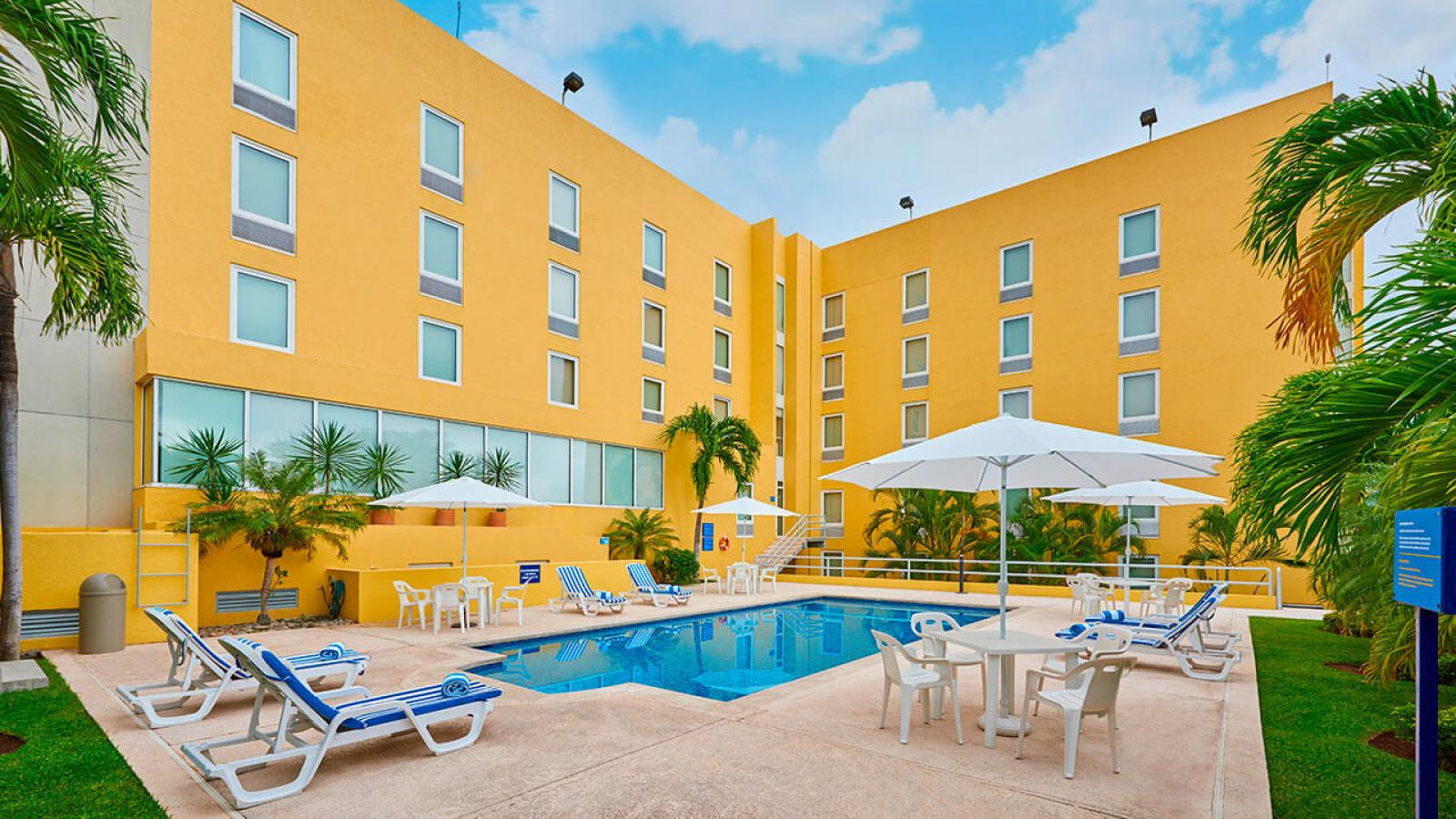 City express tuxtla guti rrez city express hotels for Sites hotel